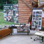 osvětový a prodejní stánek Malého strážce. Foto: Ondřej Vítek