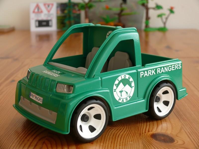 Pokeeto Igráček rangers car