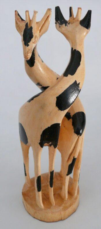 konžský přírodní suvenýr - dřevěná soška dvou žiraf