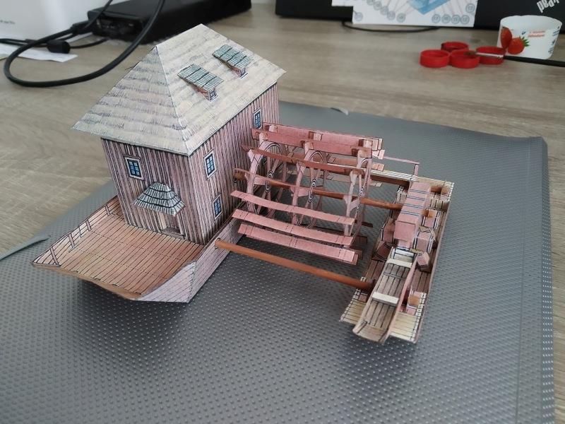 Papírový model lodního mlýna na Labi u Libochovan